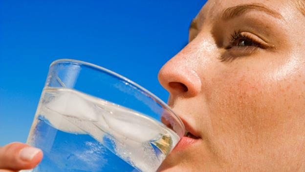 Is drinking extra water good for your skin?