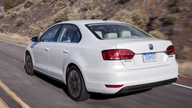 2013 Volkswagen Jetta Hybrid (Credit: Volkswagen of America)