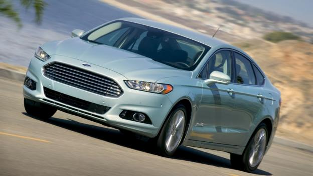 2013 Ford Fusion Hybrid (Credit: Ford Motor)