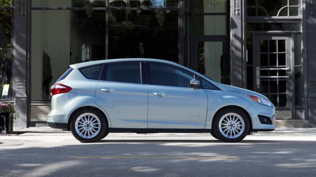 2013 Ford C-Max (Credit: Ford Motor)
