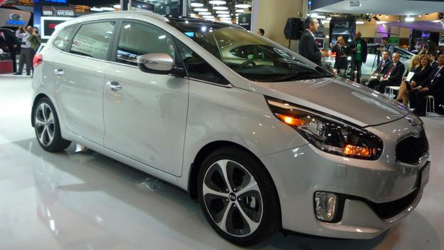 2014 Kia Rondo introduced on 14 February at the Toronto auto show. (Jonathan Schultz)