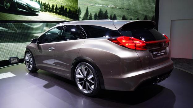 Honda Civic Tourer (Credit: Newspress)