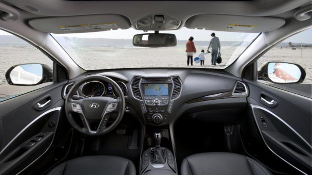 2013 Hyundai Santa Fe (Credit: Hyundai Motor America)
