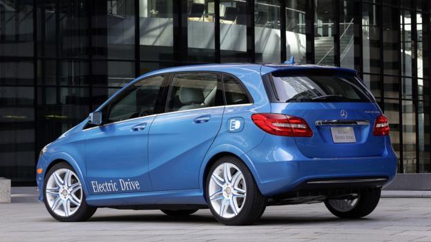 2014 Mercedes-Benz B-Class Electric Drive (Credit: Mercedes-Benz USA)