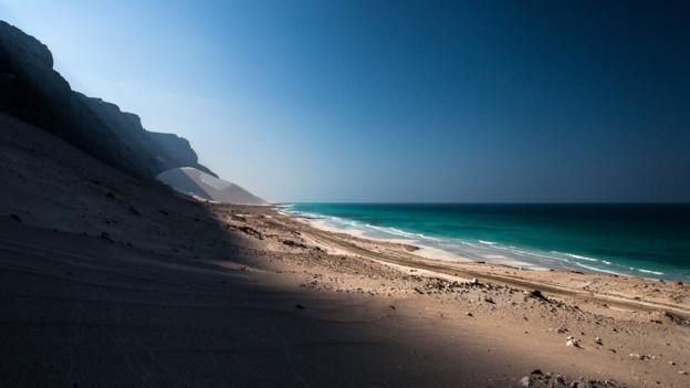 The massive dunes of Arher (Credit: Juan Herrero)
