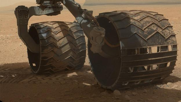 What it's really like to drive a Mars rover