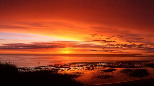 Seaside sunsets (Credit: Holger Widera)