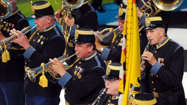 The Hoch-und Deutschmeister marching band (Credit: Martin Schalk/Getty)