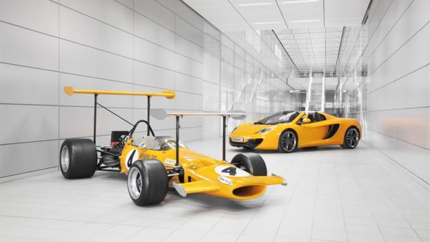 1969 McLaren M7C and 2013 McLaren 12C Spider (Credit: McLaren Automotive)