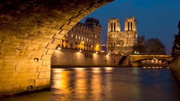 Nightfall at Notre Dame (Credit: Pete Seaward)