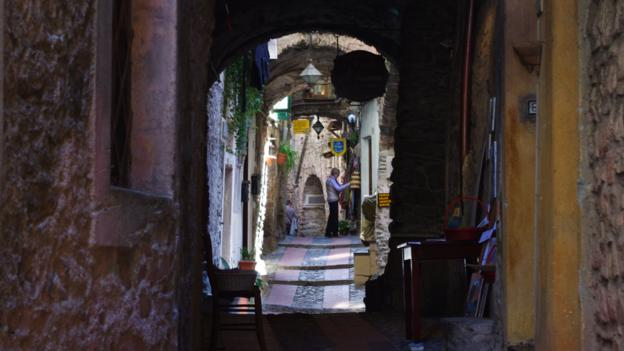 Dolceacqua's winding alleyways (Credit: Katie Beck)