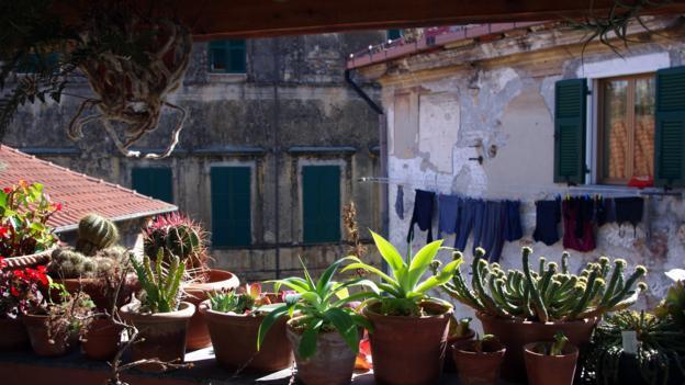 A balcony at La Terrazza dei Pelargoni (Credit: Katie Beck)