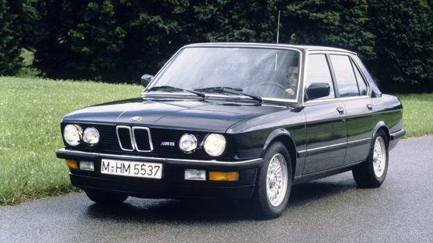 The Classic: 1985-88 BMW M5 (E28) (Credit: BMW of North America)