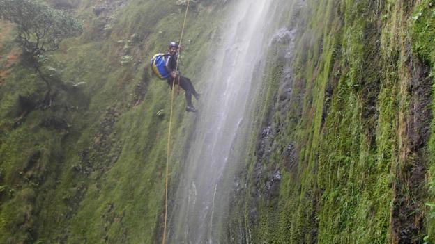 Canyoning (Credit: visitazores.com)