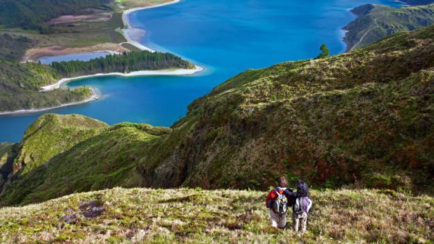 Hiking (Credit: visitazores.com)