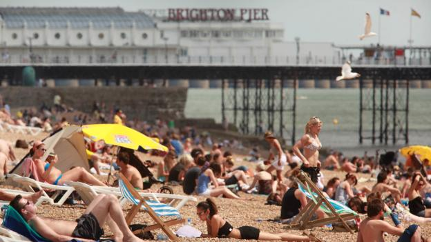 Busy Brighton beach (Credit: Getty Images)