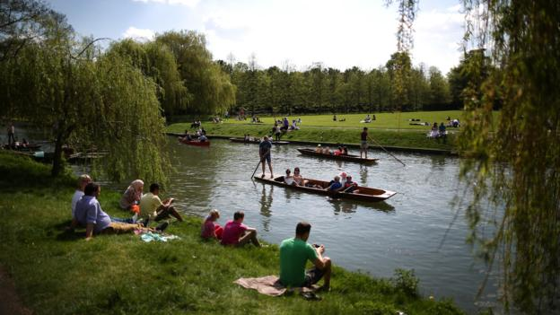 Punting on the River Cam (Credit: Getty Images)