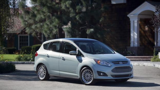 2013 Ford C-Max Hybrid (Credit: Ford Motor)