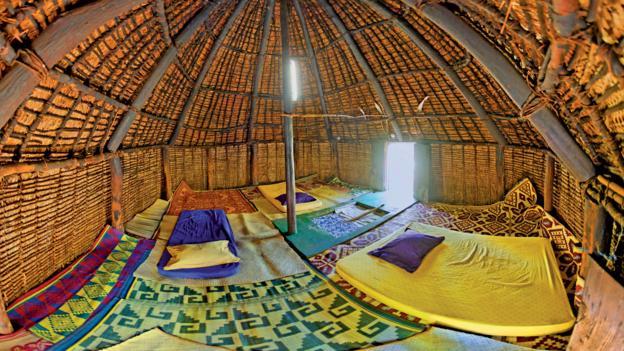 Hut interior, Lifou (Credit: © Destination Iles Loyaute Ducandas)