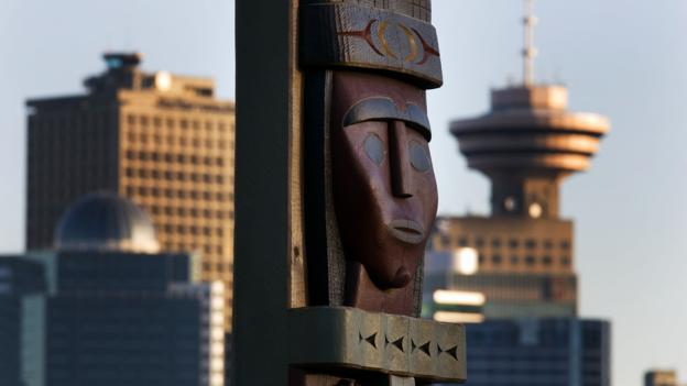 A wooden sculpture in Stanley Park (Credit: Dan Kitwood/Getty)