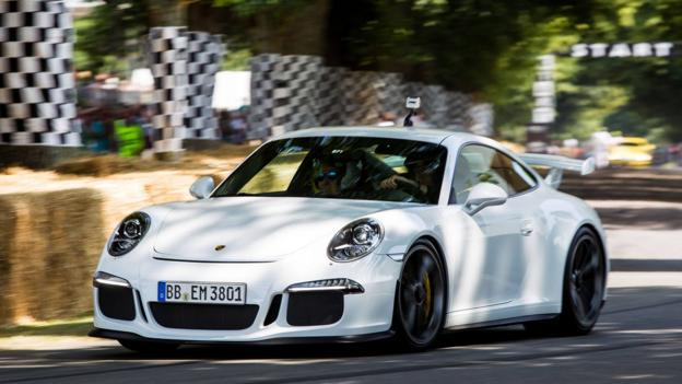 2014 Porsche 911 GT3 (Credit: Porsche Cars, via Facebook)