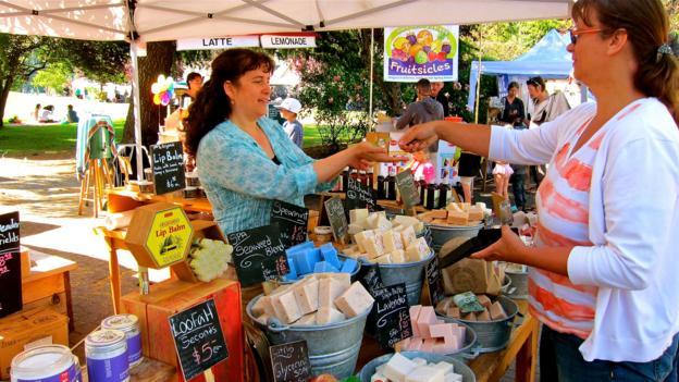 Saturday Market (Credit: John Lee)