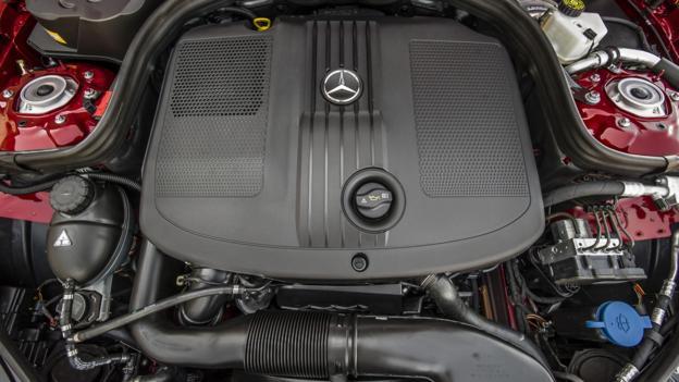 2014 Mercedes-Benz E250 Bluetec (Credit: Mercedes-Benz USA)