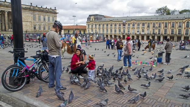 Plaza de Bolivar (Credit: Andrew Bain)