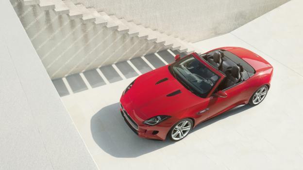 2014 Jaguar F-Type Convertible (Credit: Jaguar Cars)