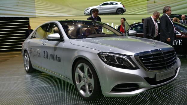 2015 Mercedes-Benz S500 Plug-in Hybrid (Credit: Newspress)