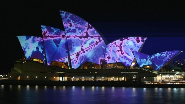 Light projections on the Sydney Opera House (Credit: Getty)