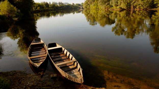 Drift along the Dordogne (Credit: Andrew Montgomery)