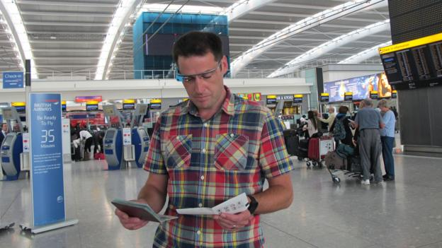 Kevin O'Sullivan in a demonstration at London's Heathrow Airport (Credit: Sean O'Neill)
