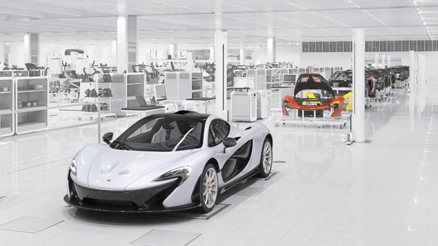 McLaren's immaculate P1 production line (Credit: McLaren Automotive)