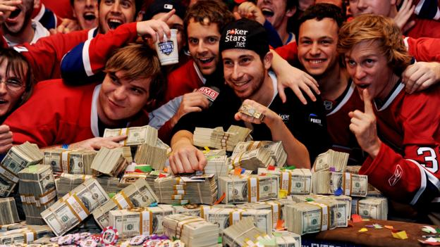 Jonathan Duhamel won 2010 World Series of Poker Final Table (Robyn Beck/Getty Images)