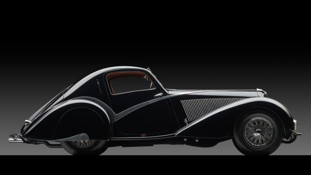 1936 Delahaye Type 135 Competition Court Teardrop Coupé by Figoni et Falaschi (Credit: Michael Furman/RM Auctions)