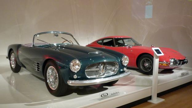 1955 Maserati A6G/2000 Spyder by Carrozzeria Zagato and 1967 Toyota 2000GT (Credit: Jonathan Schultz)