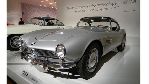1956 Aston Martin DB2/4 Mk II 'Supersonic' by Ghia and 1958 BMW 507 Series II Roadster (Credit: Jonathan Schultz)