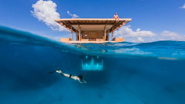 The underwater room at the Manta Resort (Credit: Photographer Anhede)