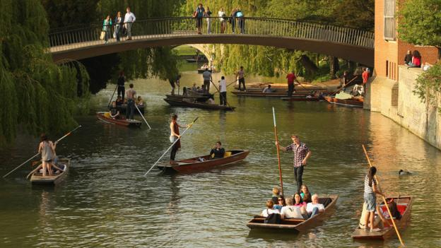 Punting along the River Cam (Credit: Oli Scarff/Getty)