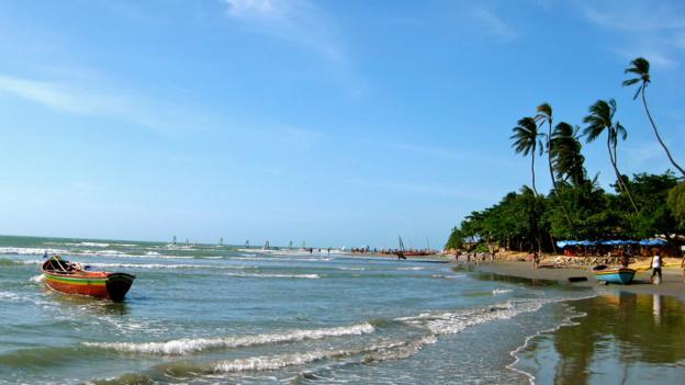 Jericoacoara's main beach at high tide (Credit: Kiran Herbert)
