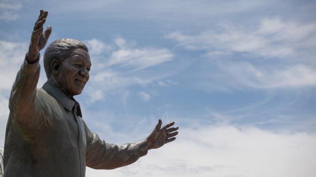 Pretoria's 9m bronze statue of Mandela (Credit: Alexander Joe/AFP/Getty Images)