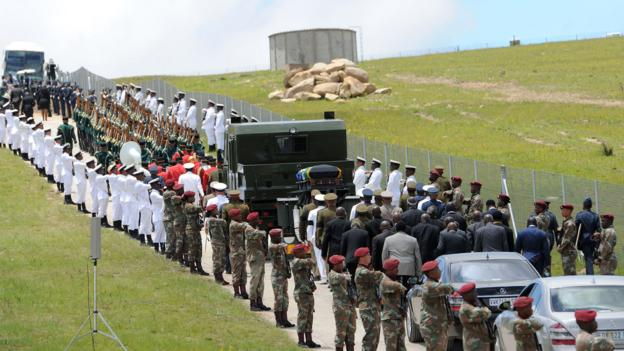 Mandela's funeral procession to Qunu (Credit: AFP/Getty Images)