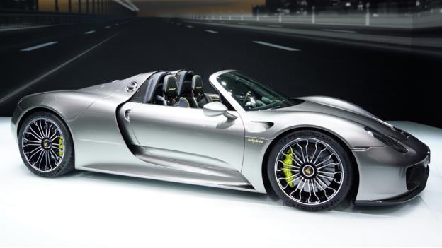 bbc autos most fascinating supercar of 2013 porsche 918 spyder. Black Bedroom Furniture Sets. Home Design Ideas