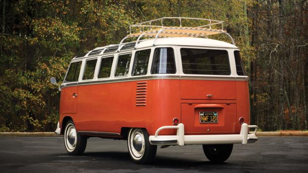 1961 Volkswagen '23-Window' De Luxe Station Wagon (Credit: Chad Bee/RM Auctions)