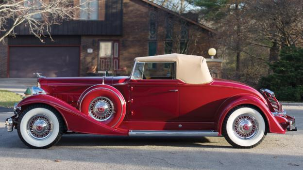 1933 Packard Twelve Coupe Roadster (Credit: tpieper@tedisgraphic.com/RM Auctions)