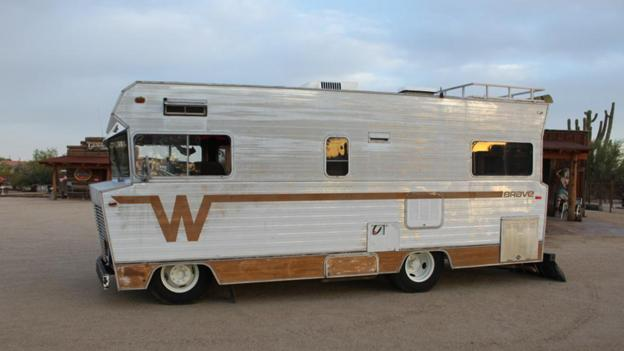 *Bonus* 1972 Winnebago Custom RV (Credit: Courtesy of Barrett-Jackson)