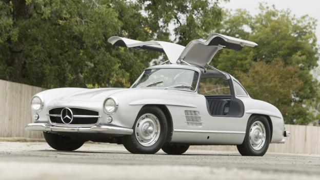 1956 Mercedes-Benz 300 SL Gullwing (Credit: Pawel Litwinski/RM Auctions)
