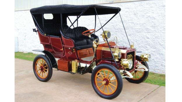 1905 REO Two-Cylinder Five-Passenger Detachable Tonneau (Credit: Courtesy of RM Auctions)