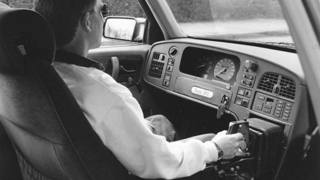 Stick shift (Credit: Saab Automobile)